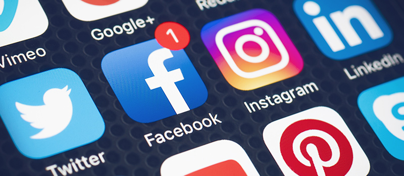 Should employers have social media policies in place?