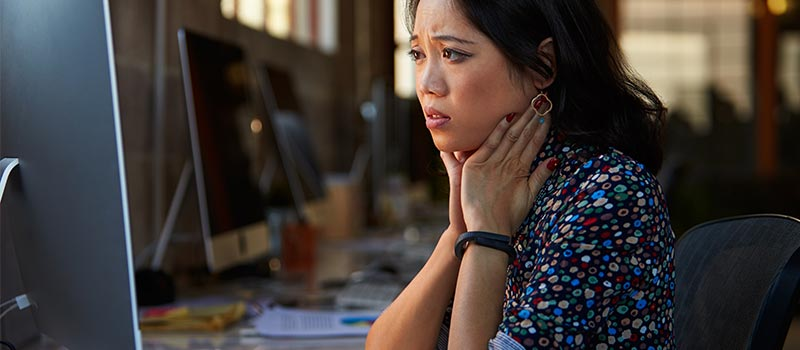 Women more stressed than men at work