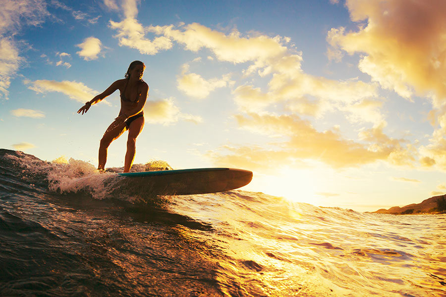 COVID-positive employee goes surfing - dobbed in by colleagues