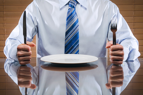 Why guilty workers are skipping lunch