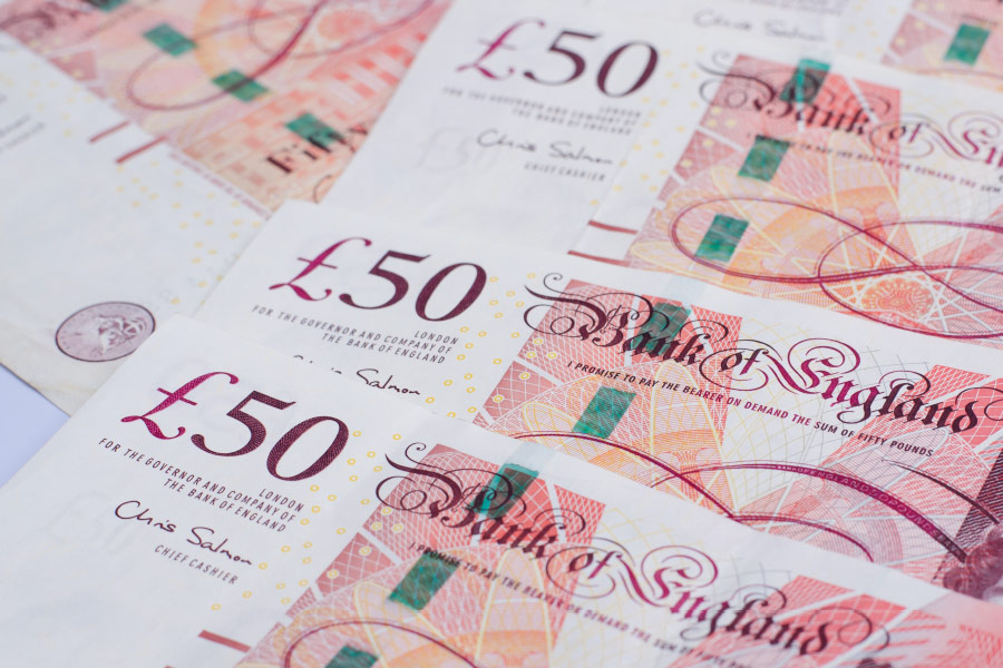 Third of staff fail to check payslips