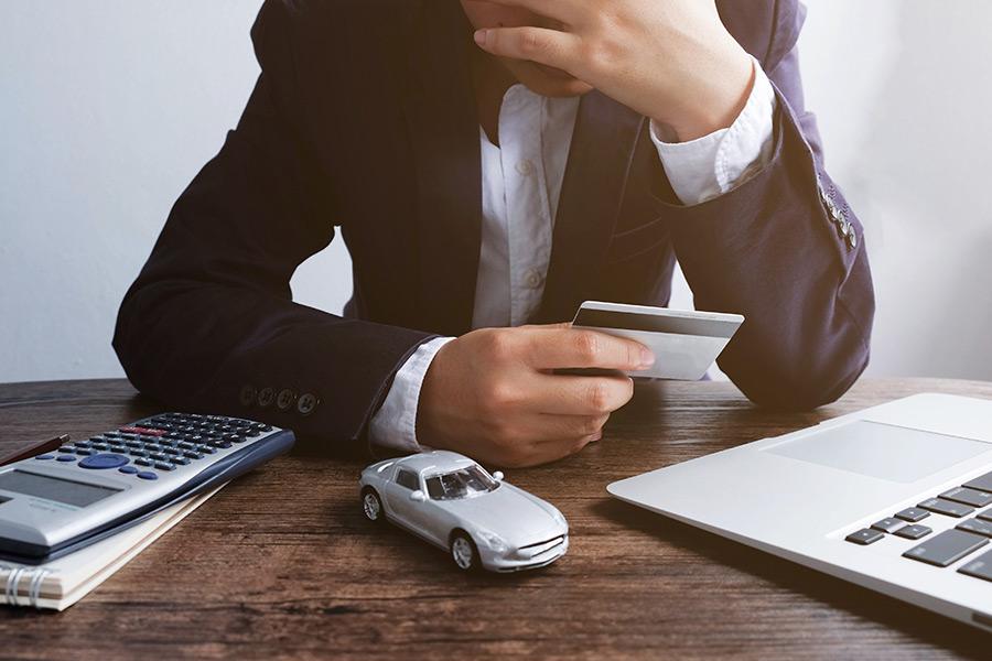 How does employee behaviour change under financial pressure?