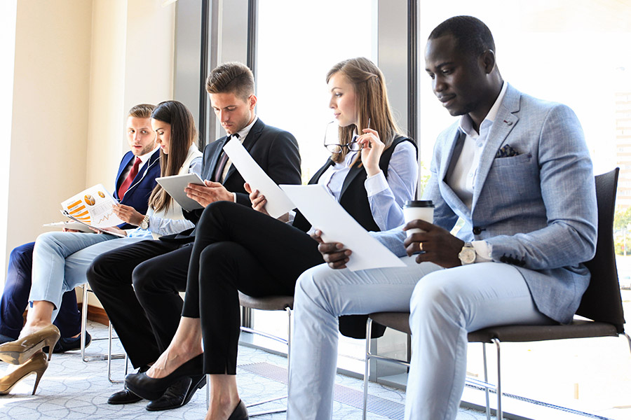 How to stop your candidates from appearing desperate in interviews