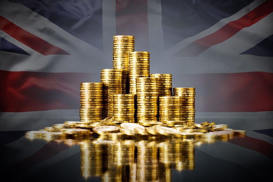 Brits set to benefit from biggest pay rise in 10 years