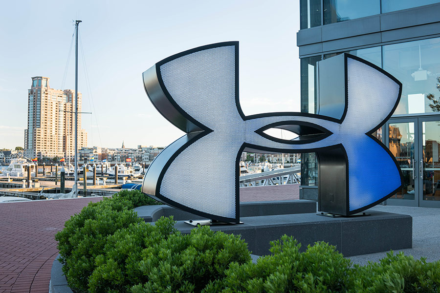 Under Armour ousts two execs close to CEO