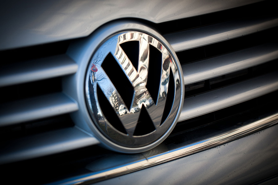 Volkswagen consider replacing CEO