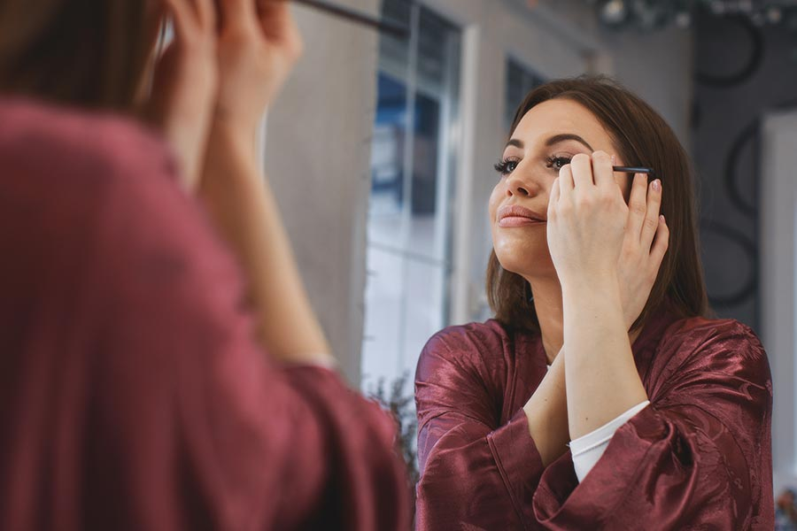 Could makeup improve a female candidate's chance for a job?