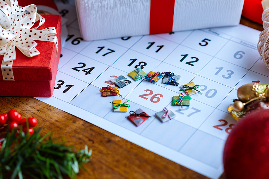 Do employees have to work on boxing day?
